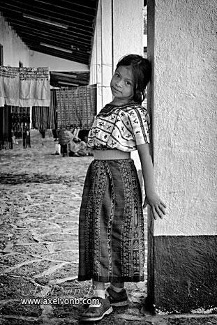 IMAGE: http://www.absolute.free.fr/photos/portraits/guatemala_girl_atitlan_g.jpg